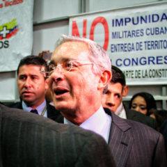 Denuncia Penal contra Senadores y Representantes a la Cámara del partido político Centro Democrático