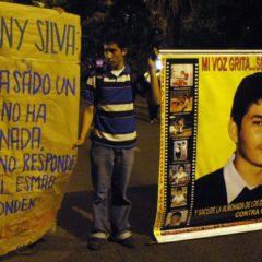 """""""Director del Esmad debe irse"""": familia de Jhonny Silva, estudiante asesinado en protesta"""